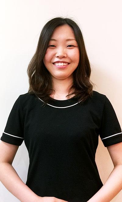 歯科助手:西尾 美香